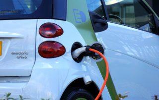 samochód elektryczny a fotowoltaika