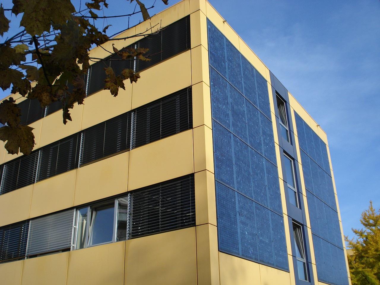 panele fotowoltaiczne dla wspolnot mieszkaniowych